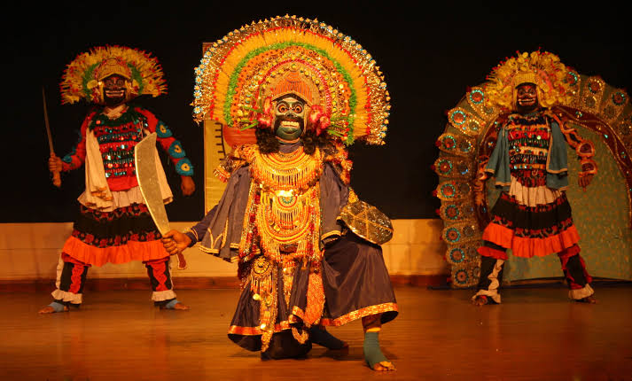 CHHAU : ONE OF THE MOST POPULAR FOLK-DANCE FORMS OF INDIA
